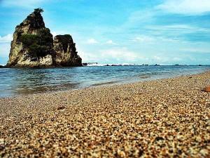 Mereguk Pesona Wisata Pantai Sawarna Banten